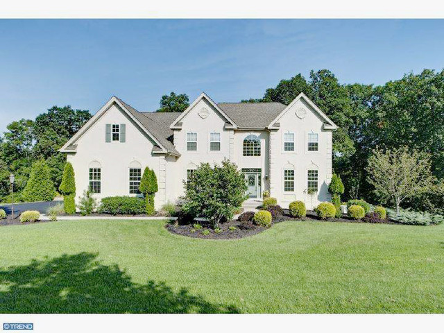 Featured Property in YARDLEY, PA, 19067